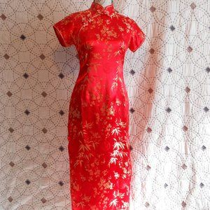 Dresses & Skirts - NWOT Red & Gold Cheongsam/Qipao Short Sleeve Dress